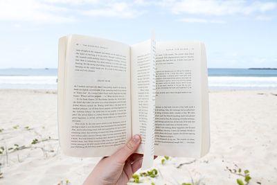 Lecturas para un verano raro, como el mundo en el que vivimos